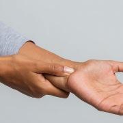 de-quervain-tendiniti-tedavisi-op-dr-can-isler